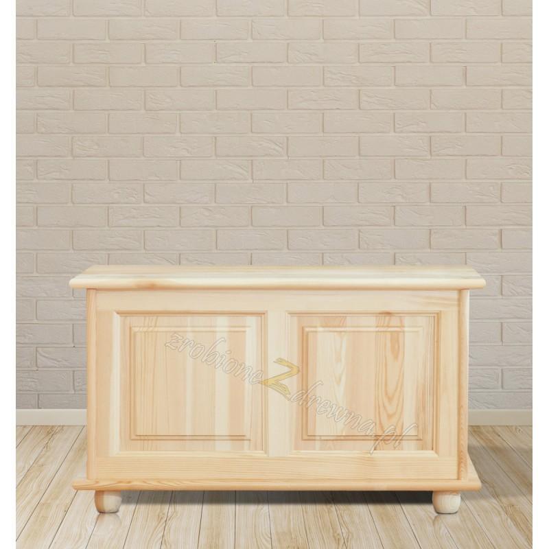 Kufer sosnowy Klasyczny 02 do sypialni otwierane wieko>                                         <span class=