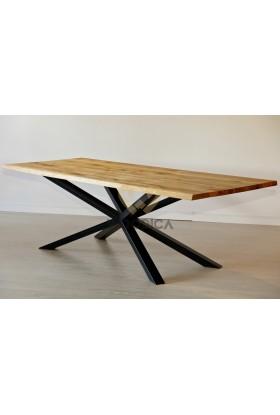 Stół dębowy na metalowych nogach 18